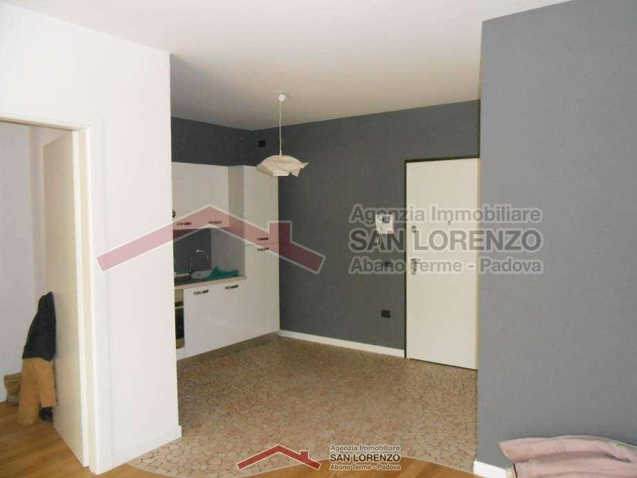 Mini appartamento piano terra a selvazzano dentro - Immobiliare san lorenzo ...