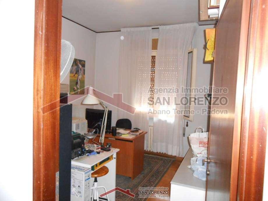 Appartamento ad abano terme zona centralissima - Immobiliare san lorenzo ...