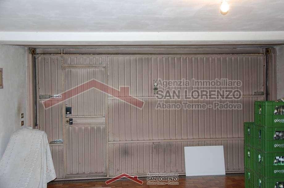 Porzione di bifamiliare ad abano terme ottima posizione - Immobiliare san lorenzo ...