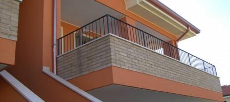 Appartamento con ampio terrazzo- Zona centrale Abano Terme
