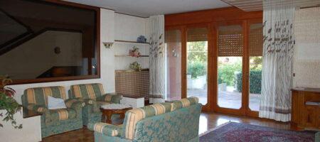 Elegante Villa Bifamiliare – Abano Terme