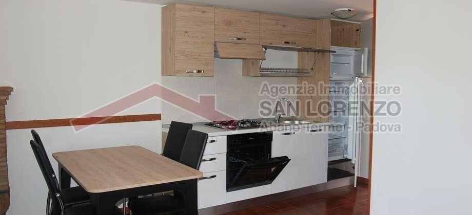 Ampio monolocale in affitto-Abano Terme