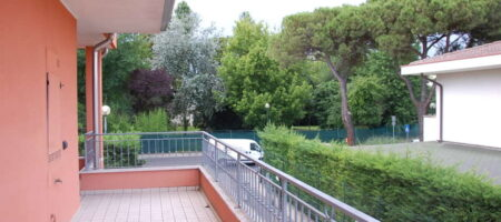 Appartamento ultimo piano con terrazzo abitabile – Abano Terme centro