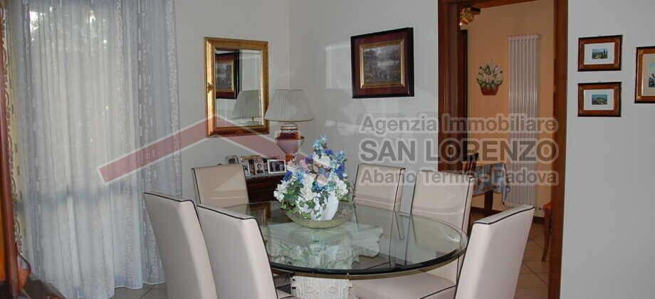 Cedesi nuda proprietà- Tricamere P.Terra- Abano Terme centro